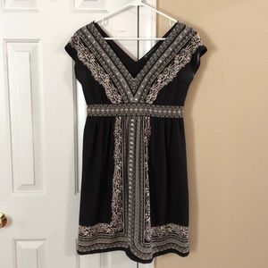 INC black & cream v-necked dress